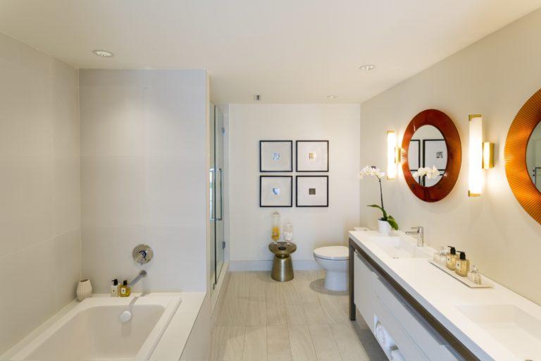 Bath – Minimal Design